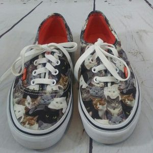 Limited Edition Aspca cat Vans size 6